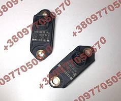 Датчик вертикального ускорения A0045423518 W221 ML E R C CLS CL S