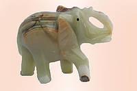 Слон из оникса