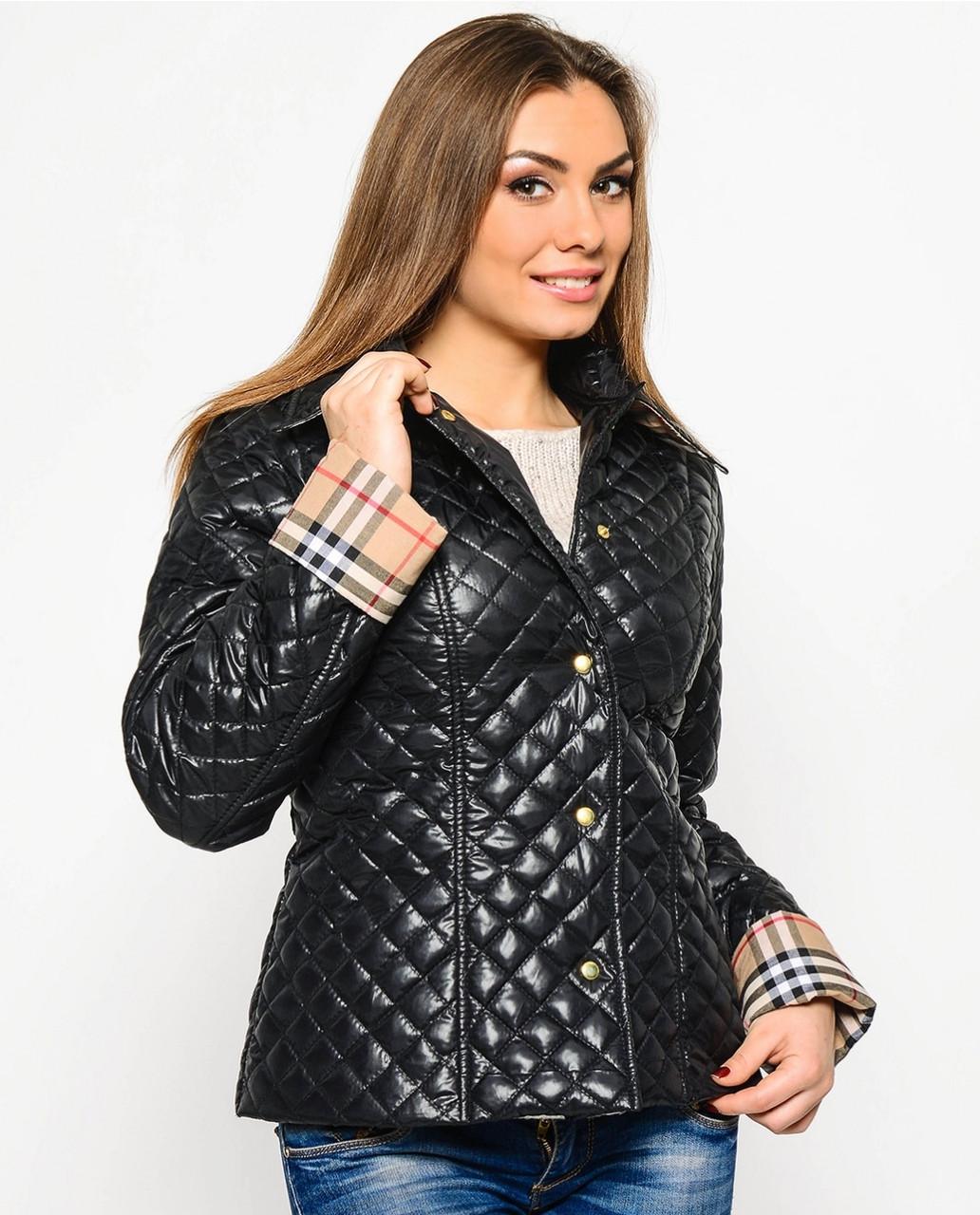 Женская куртка на кнопках весенняя