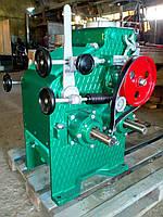 Вальцовый станок Р6-ВС 185х170 для измельчения специй, злаков, сои, и прочих сыпучих продуктов.