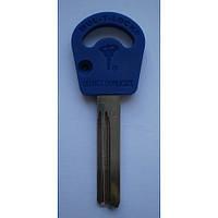 Оригинал Mul-T-Lock 064  /42,5мм/ Заготовка ключа Mul-T-Lock вертикальной нарезки с пластиковой ручкой.