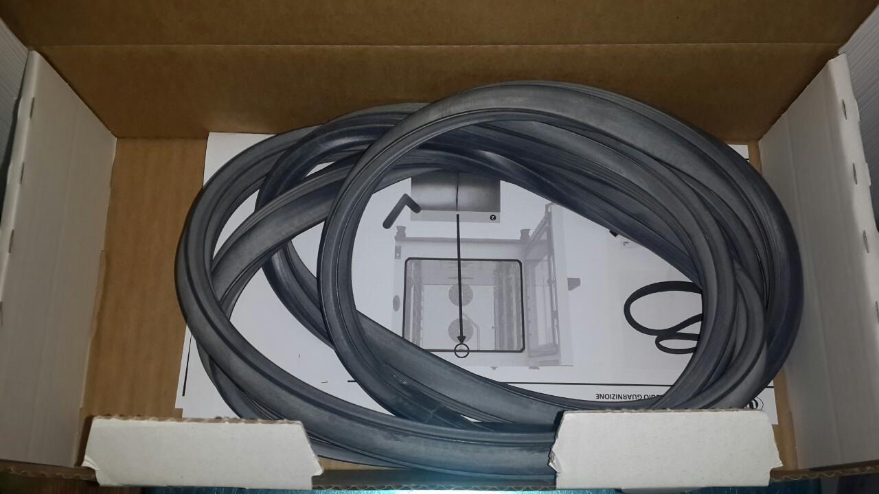 Уплотнитель KGN1659A для двери печи Unox XEBC-06 (оригинал)
