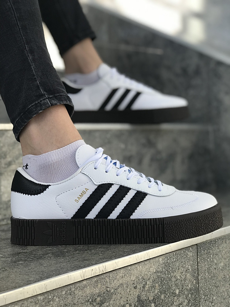 Женские кроссовки Adidas Samba. White/black
