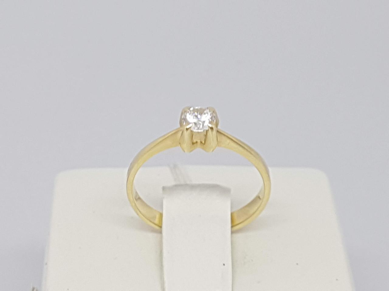 Золотое кольцо с фианитом. Артикул 140232Ж 16
