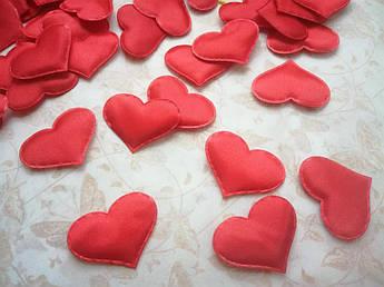 Серце з шовку, червоне