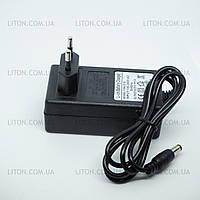 Зарядное устройство для Li-ion АКБ Адаптер 18 (21V) для шуруповёртов и др.