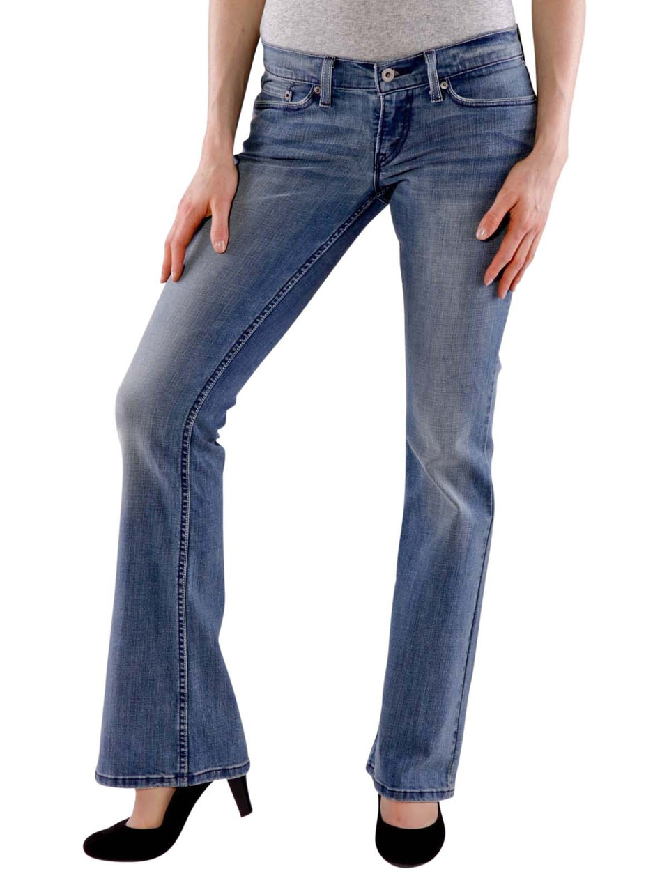 how to clean levi jeans