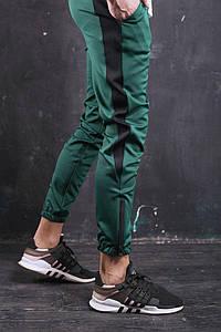 Штаны спортивные Rocky (Рокки) зелёные с чёрной вставкой размер S