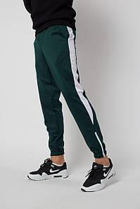 Штаны спортивные Rocky (Рокки) зелёные с белой вставкой