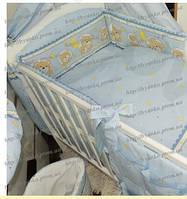 Бампер (35 см) из 4-х частей со съёмными чехлами (на молнии) и комплект постели