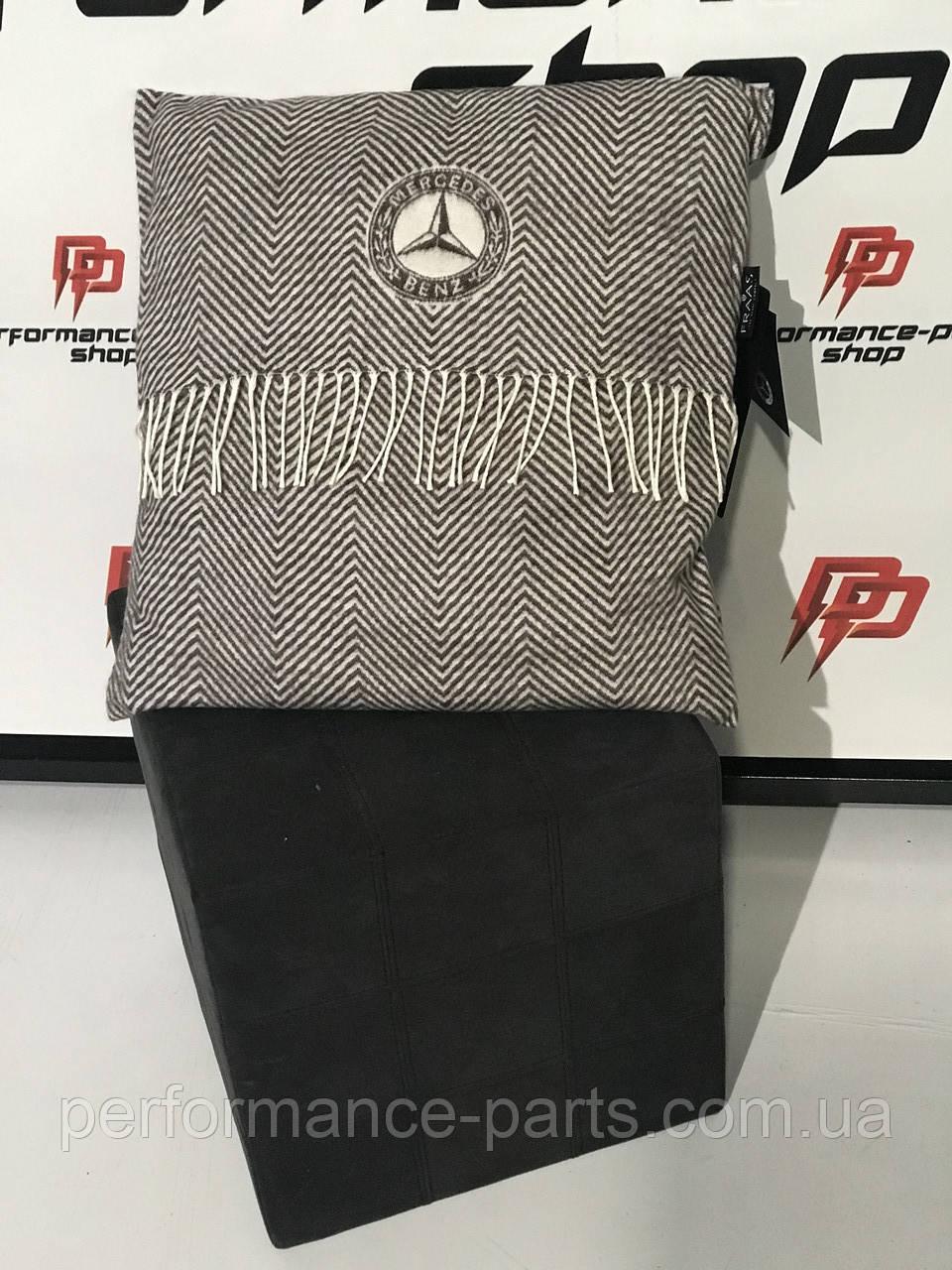 Подушка Mercedes Cushion B66041561
