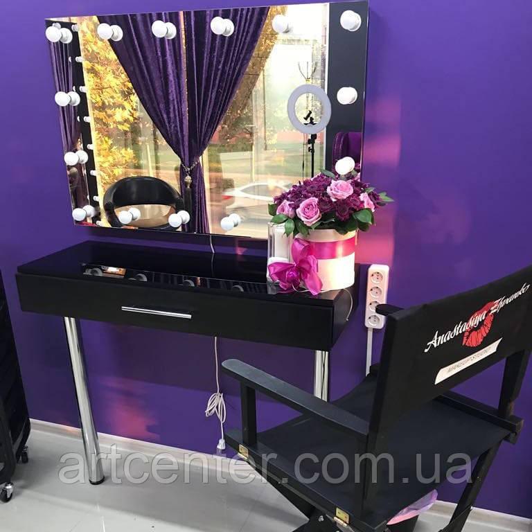Стіл візажиста з одним ящиком чорного кольору, навісне дзеркало з лампочками без рами