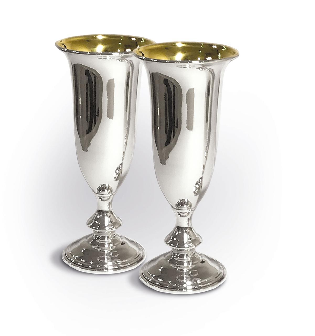 Серебряные бокалы с позолотой