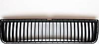 Центральная решетка радиатора в переднего бампера Шкода Октавия ТУР 2000-2010 1U0853677 SkodaMag, фото 1