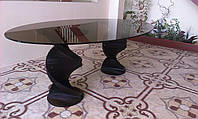 Обеденный стол из стекла