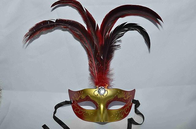 Маска карнавальная  с перьями матовая, фото 2