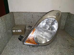 №105 Б/у фара ЛІВА для Nissan Note 06-09 ДИФЕКТ