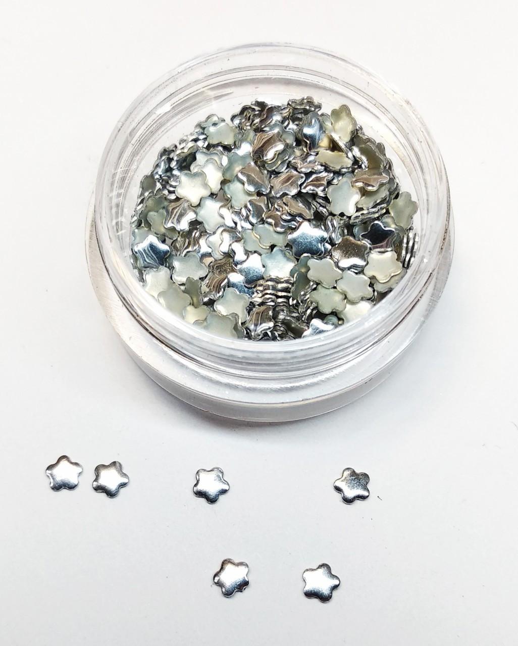 Заклепки для дизайна ногтей (серебряные звездочки)