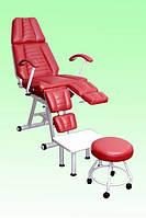 Кресло педикюрное КП-3 с регулируемыми пуфиками для ног и подставкой для ванночки