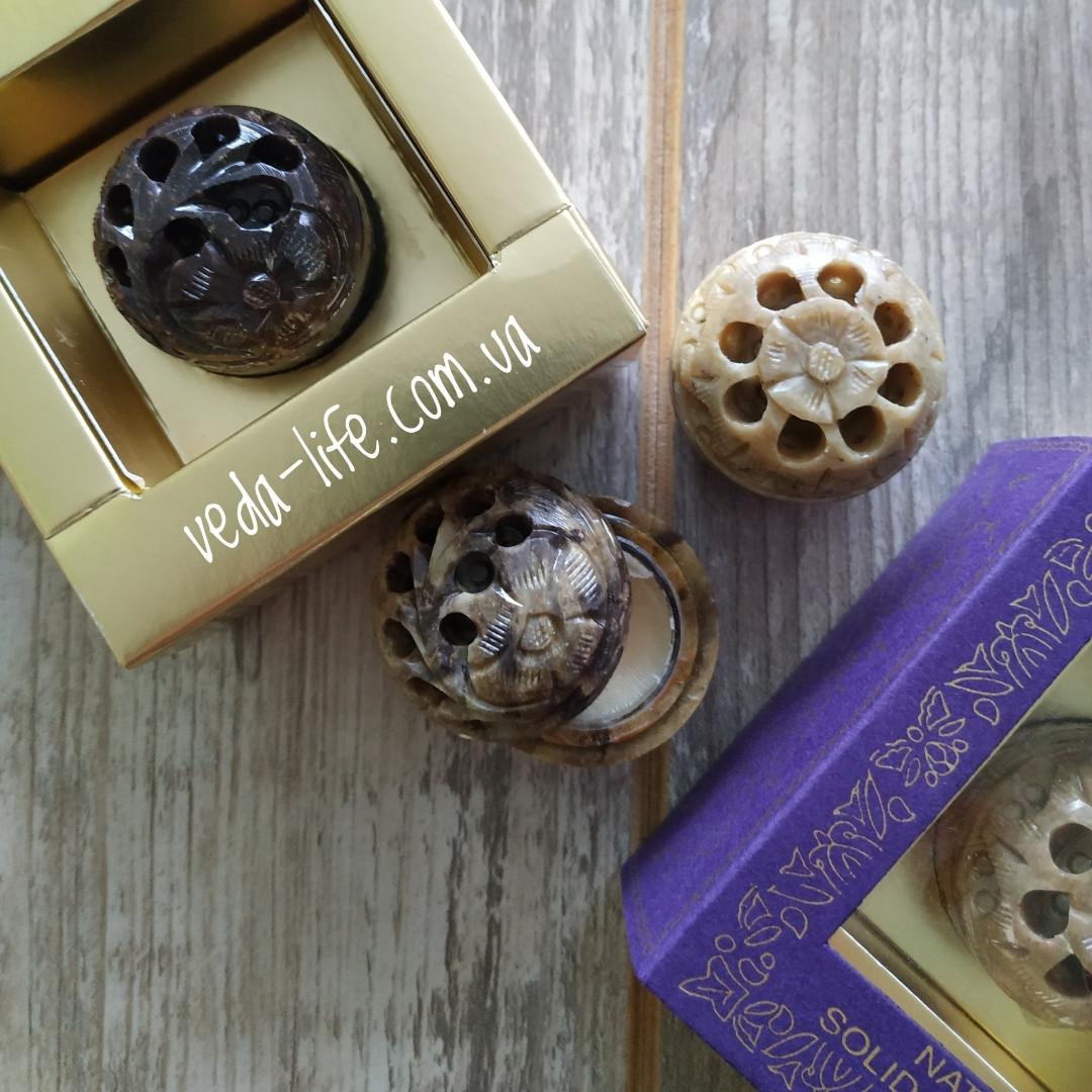 Духи-бальзам в резной шкатулке из натурального камня, аромат Ваниль, 5 грамм