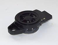 Динамик пищалка на стойке лобового стекла Nissan Leaf ZE0 / AZE0 (10-17) 281E1-3NA0A