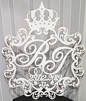 Весільна монограма з короною, весільний герб ініціали ВІ з датою весілля