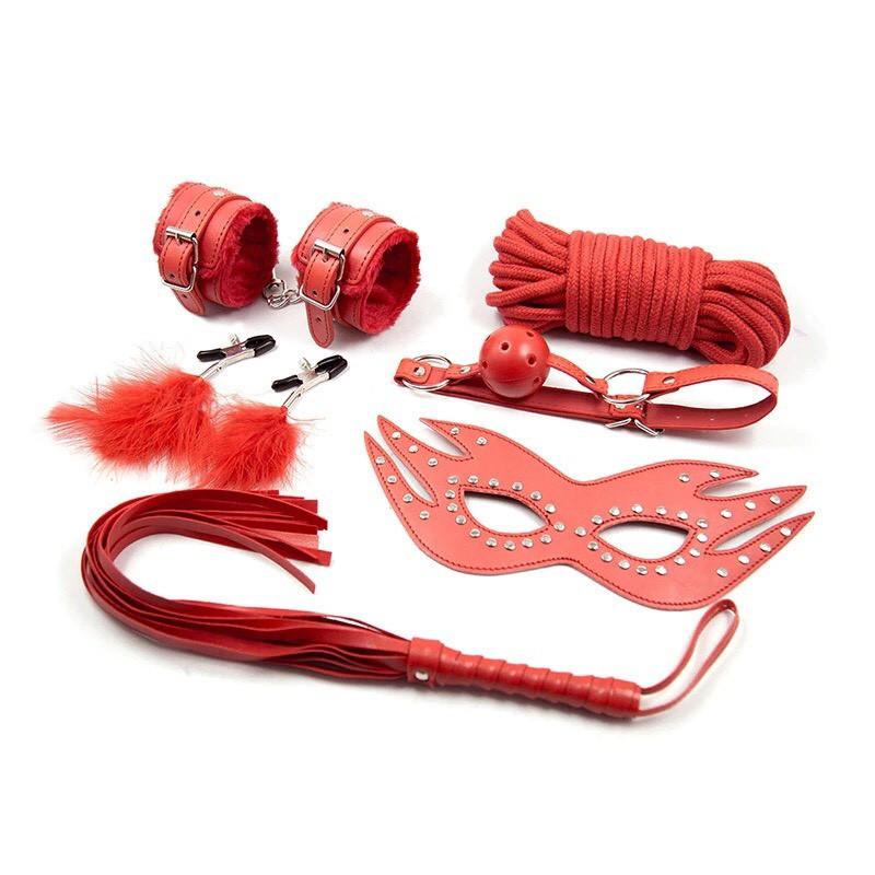 Игровой фетиш набор для БДСМ (маска, плетка, наручники, веревка, зажимы на соски) Красный