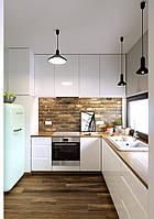 Біла глянцева кухня з робочою поверхнею під дерево