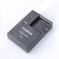 Зарядное устройство для фотоаппарата Fujifilm BC-45 BC45  для аккумулятора Fujifilm NP-45 зарядка