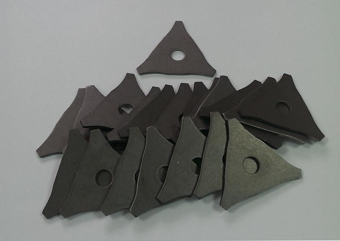 Шайба треугольная