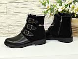Черевики комбіновані чоботи на низькому ходу, декоровані ремінцями, фото 3