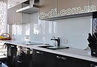 Стеклянный фартук на рабочую поверхность кухни, фото 1