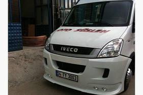 Накладка на передний бампер (под покраску) Iveco Daily 2006-2014 гг.