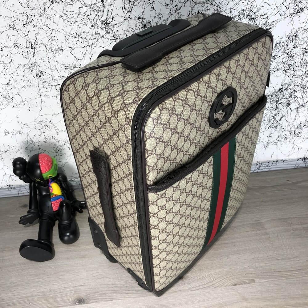 eca18caf103c Дорожная сумка , чемодан, Гуччи, Gucci Rolling Luggage Signature 55 with  Web Beige