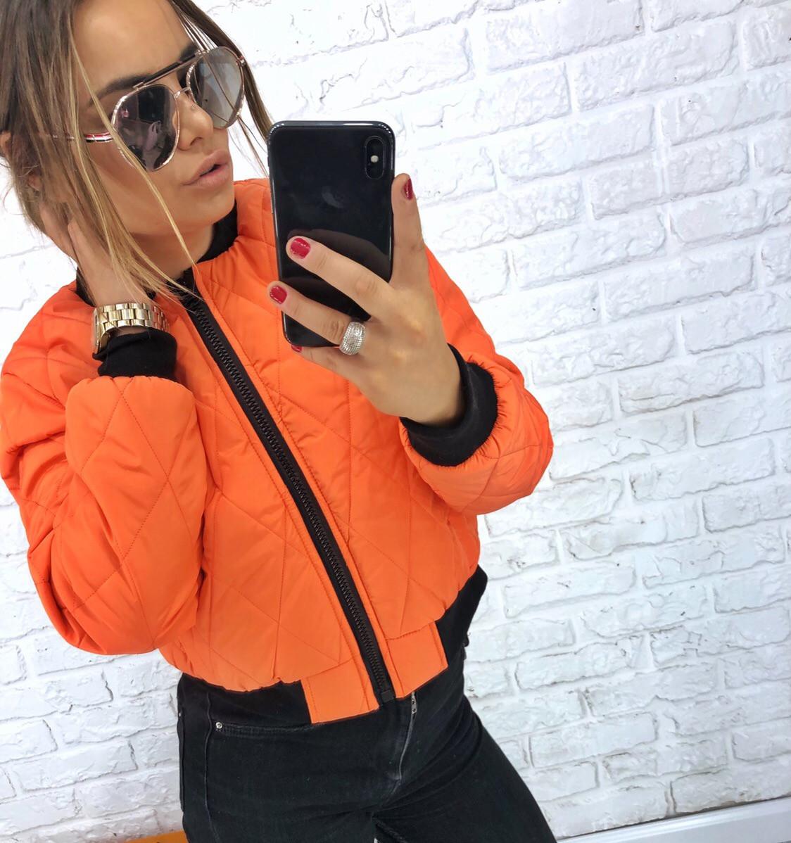 Женская демисезонная стеганная куртка на молнии 3kr184