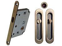 Комплект для раздвижных дверей RDA (ручка SL-155 + замок RDA с ответной планкой 4120) матовая античная латунь