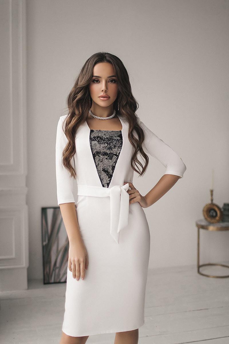 Женское платье с вставкой из пайетки Белый
