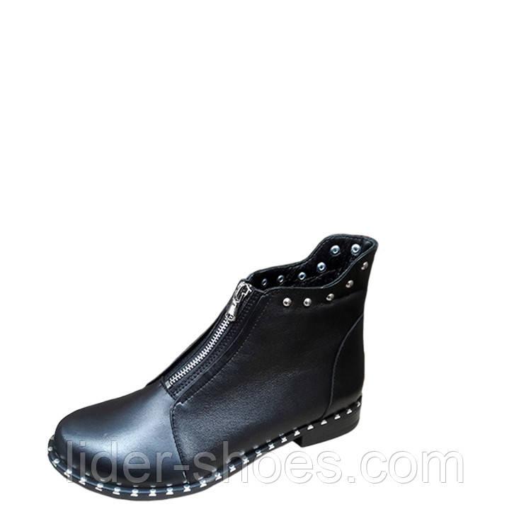 Модные женские ботинки на плоской подошве