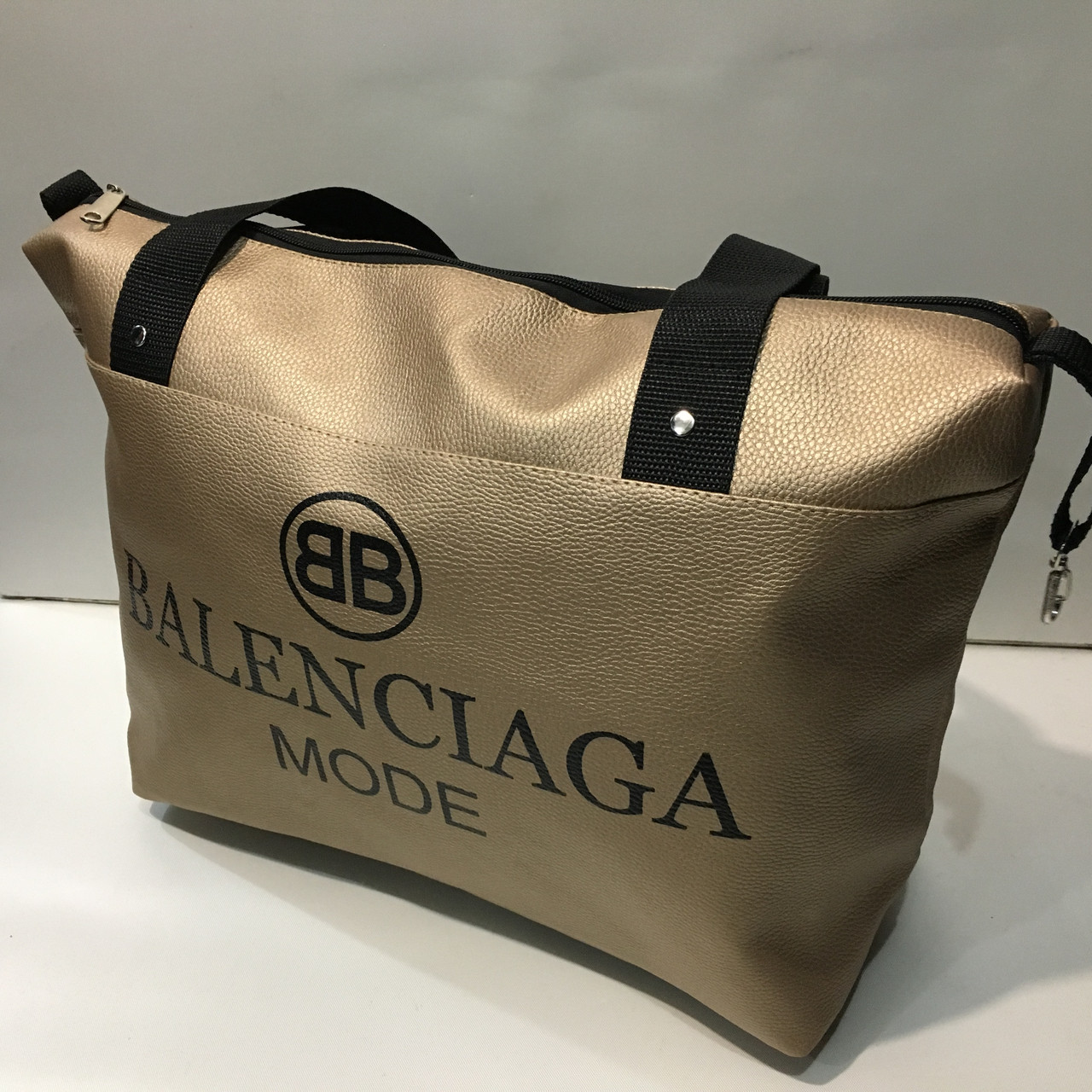 3abc47d55e9b Спортивная сумка BALENCIAGA MODE оптом: продажа, цена в Харькове ...