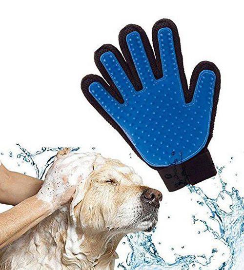 Перчатка, щетка, массажер для вычесывания шерсти собак и кошек True Touch, Тру Тач