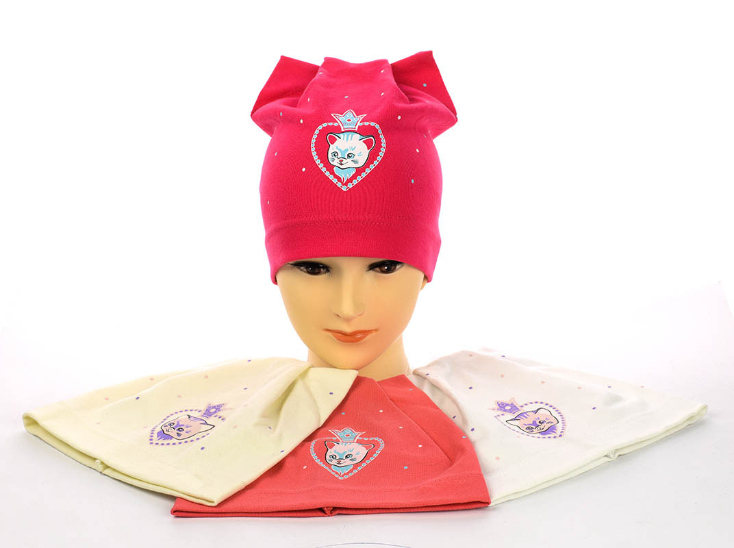 Дитяча тритожная шапочка з вушками