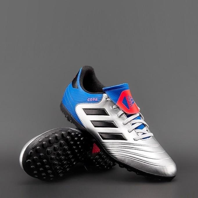 Обувь для футбола (сороканожки)  Adidas Copa Tango 18.4 TF