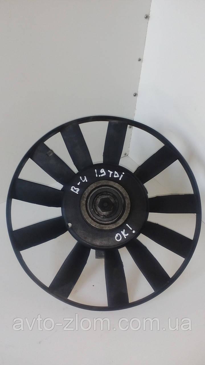 Вентилятор радиатора Volkswagen Passat B4, Пассат Б 4 1.9 TDI. 100959455L.