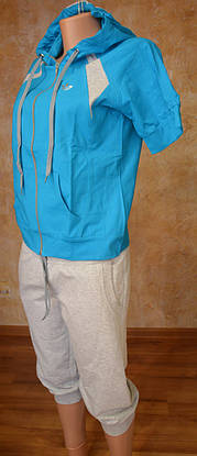 Женский летний спорт. костюм (футболка, капри), фото 3