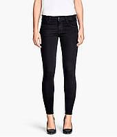 Черные джинсы 'skinny' H&M
