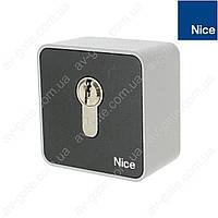 Переключатель с ключом EKSEU Nice