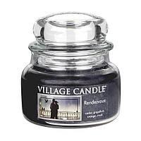 Свеча ароматическая Рандеву Village Candle 262 г
