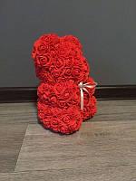 Мишка из роз 25 см красный (белый бант) 830084