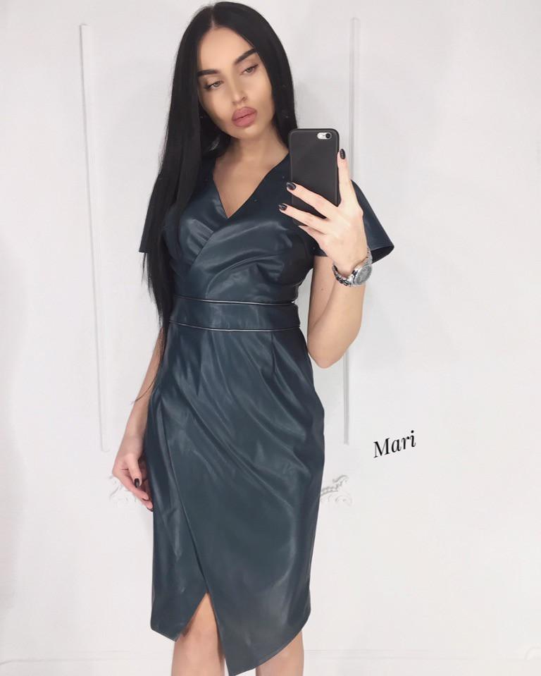 Кожаное платье на запах с коротким рукавом 63plt2358