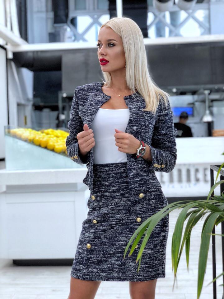 Элегантный юбочный костюм из облегченного букле / 3 цвета арт 8396-613